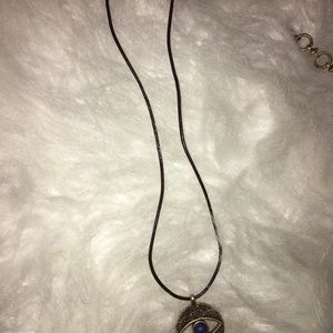 Jewelry - Lucky brand hands necklace